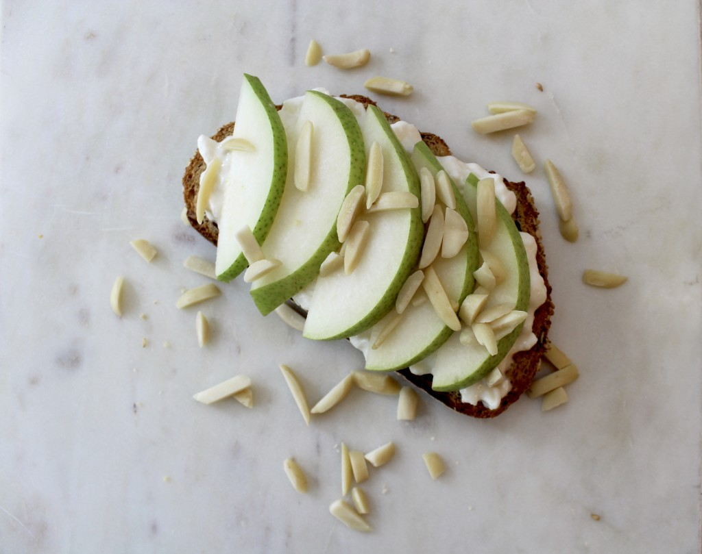 Toast with Cottage Cheese with Sliced Pears