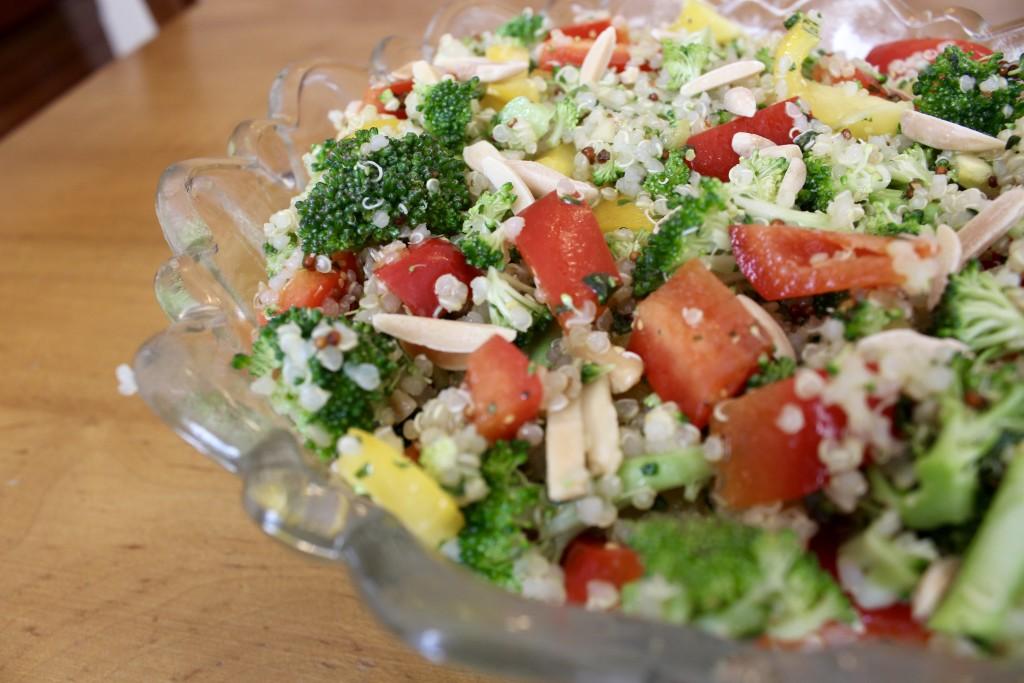 Simple Broccoli and Bell Pepper Quinoa Salad